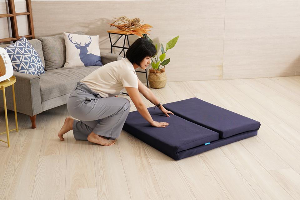 三摺單人透氣床墊收納